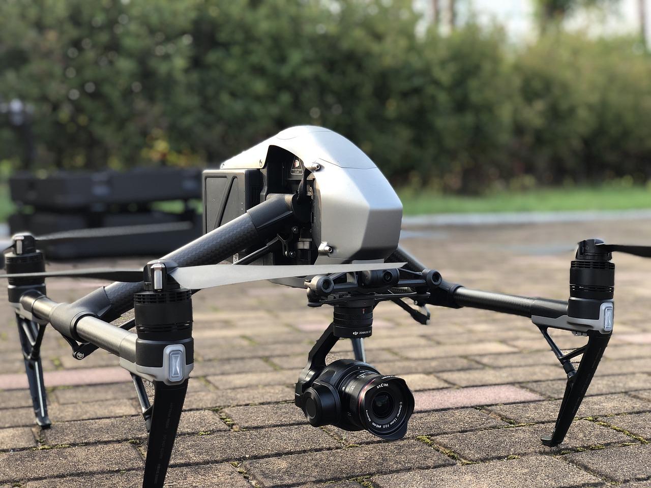 video drone oeste y este